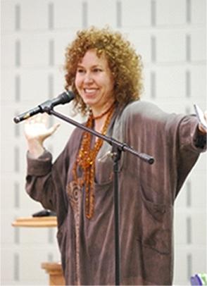 Motivational Speaker, Lesley Andrew
